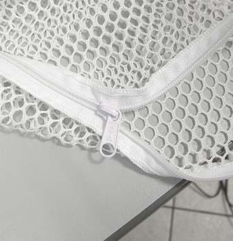 Sacco a rete per il lavaggio ad acqua 55x70 con zip